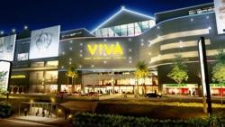 Viva entrance night  oct08 09  hires 500x281 thumb